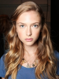 Lovely Ways to Style Your Hair this Summer