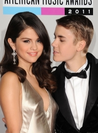 Trouble in Paradise for Selena Gomez and Justin Bieber?