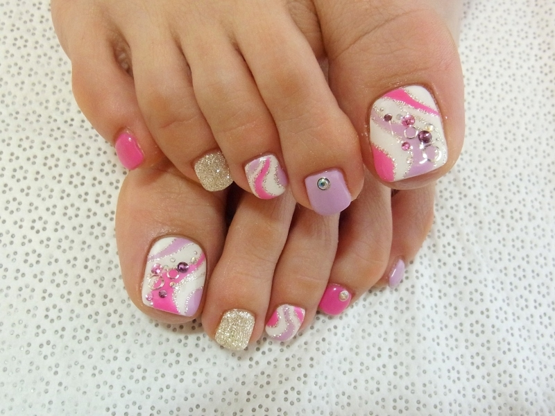 To nail salons or you re more of a diy kind of gal these nail art