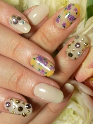 Fun Spring Nail Art Ideas