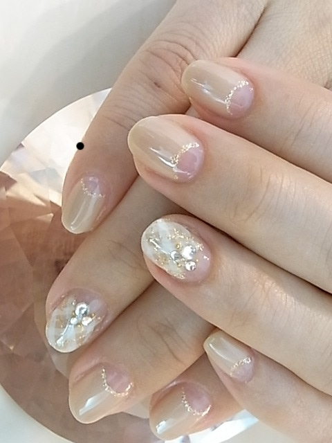 Nude colored nail art designs nail four leaf prinsesfo Images