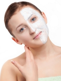 6 Safe and Simple Home Remedies for Oily Skin