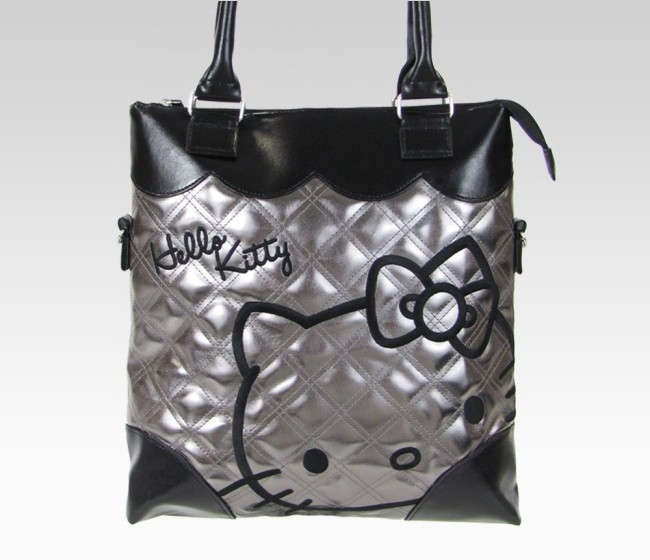 pictures 2012 Hello Kitty Checkered Travel Accessories Collection