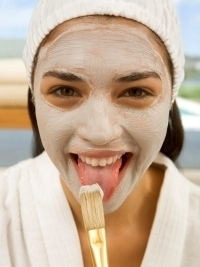 6 Homemade Revitalizing Skin Facials