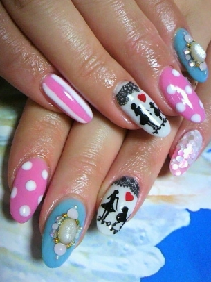 Flirty Nail Art Idea