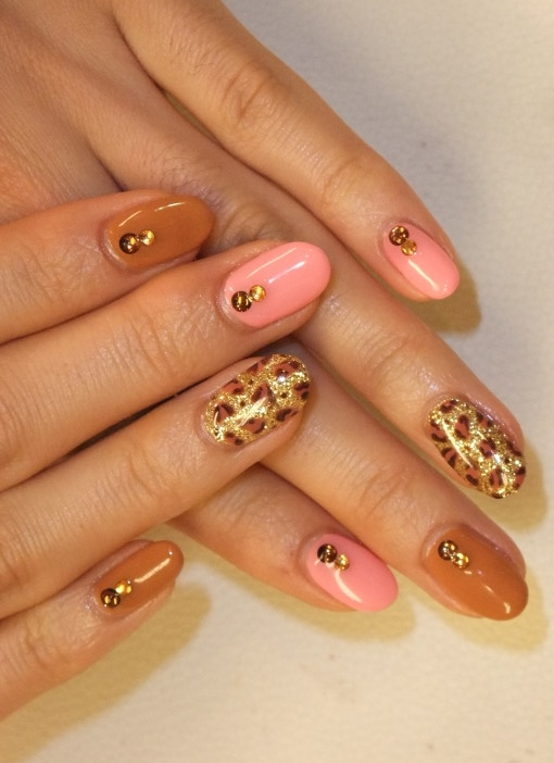 Pretty nail art ideas for summer add your touch to the design so you can sport a unique mani with every occasion a mani that will turn you into a nail art queen prinsesfo Images
