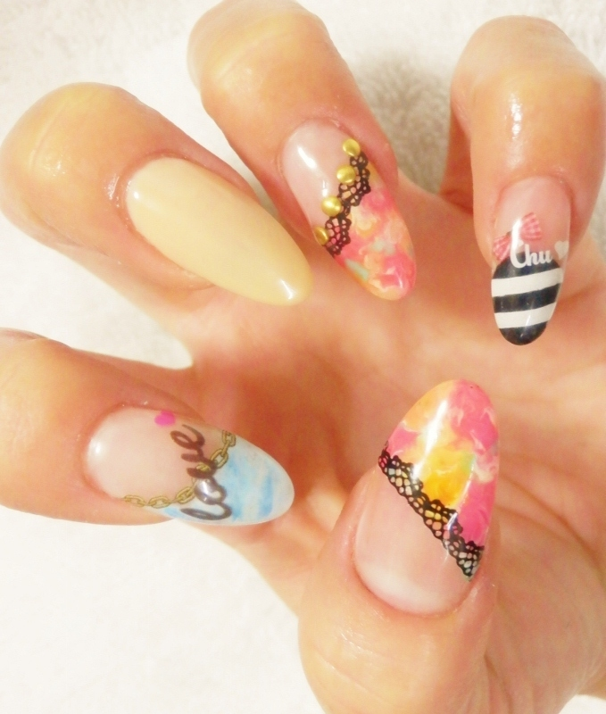Adorable Nail Art: Stylish Nail Art Ideas For Summer