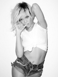 Rihanna's Sexy Photoshoot with Terry Richardson