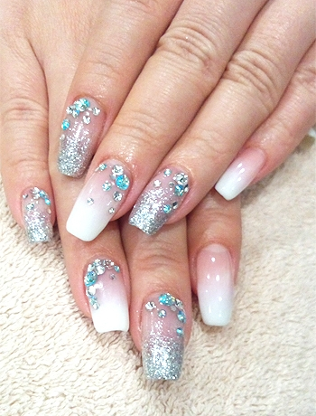 Glam nail art designs for summer if youre not afraid of blinging up your nails turn your attention towards glitter nail polish or glitter dust as these products come in the most amazing prinsesfo Images