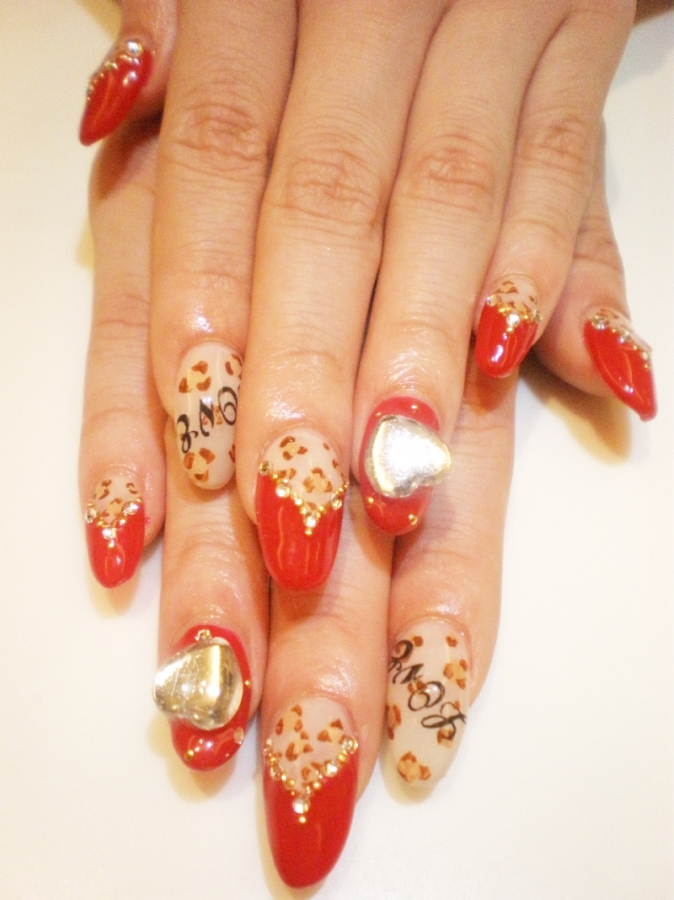 Glam Nail Art Designs for Summer.