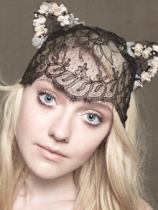 Dakota Fanning Covers InStyle UK December 2012