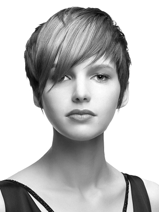 Short Pixie Hair for Round Face Shape