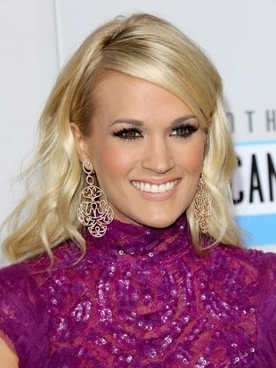 Carrie Underwood Hairstyle 2012 AMAs