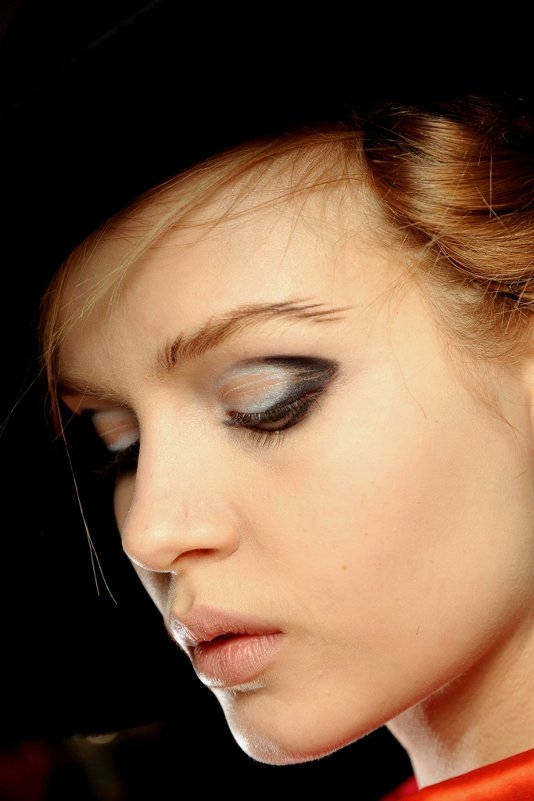 Cool Runway Makeup Looks For Fall 2012