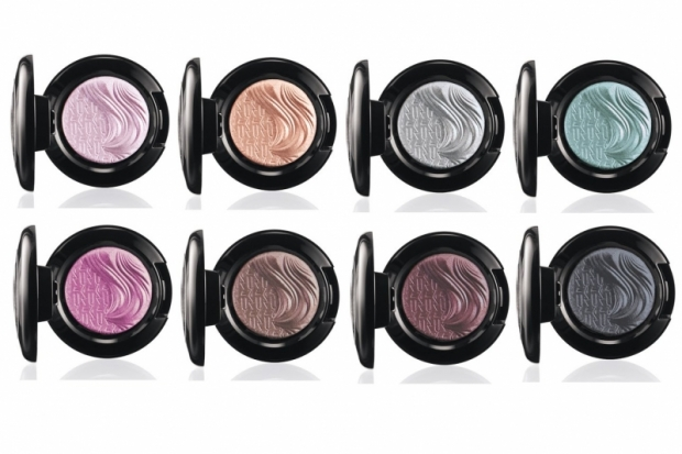 MAc Glamour Daze Extra Dimension Eyeshadow 2012