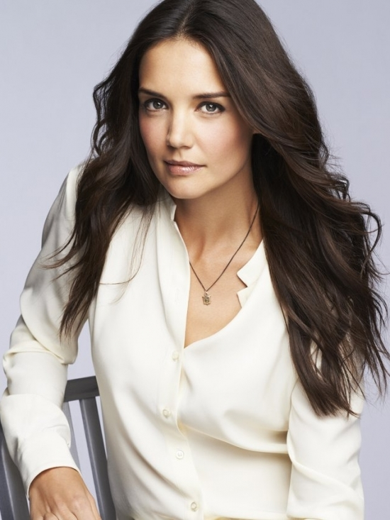 Katie Holmes Named Bobbi Browns First-Ever Celebrity Face