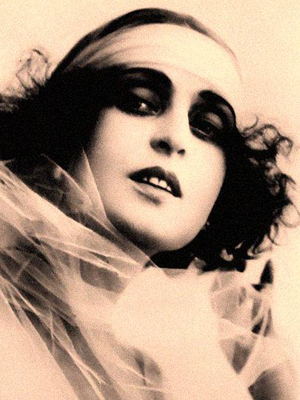 Theda Bara 1910s Beauty Icon
