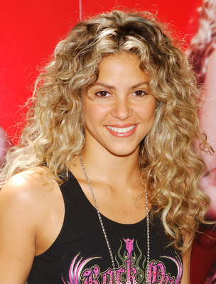 Shakira Natural Curly Hair