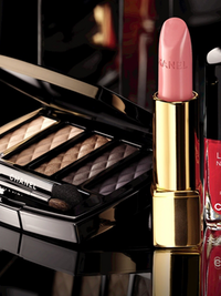 Chanel Nuit Infinie de Chanel Holiday 2013 Makeup Collection