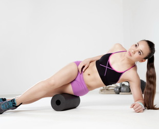 Most women desire long lean muscles that bring harmony to their bodies but struggle to get them. No worries, here are some lean muscle workout training tips!