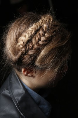 Spring 2014 Runway Braided Hairstyle (2)