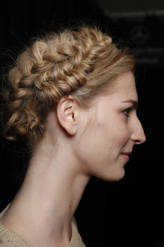 Pictures Spring 2014 Hairstyle Trends From Fashion Week Spring 2014 Runway Braided Hairstyle 3