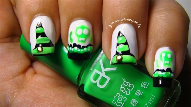 Witch Hat Nail Art