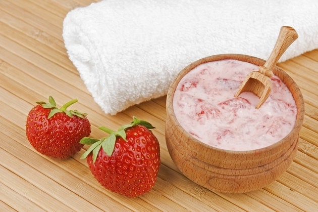 Strawberry Yogurt Face Mask