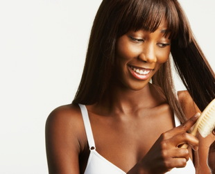 Do you plan on having longer and thicker hair by the end of the season? If your answer's yes, here are our tips on how you can make your hair grow faster and longer in no time!