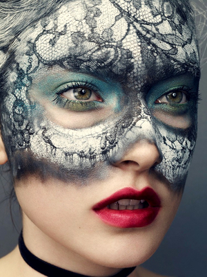 Lace Pattern Makeup
