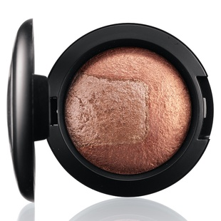 Mac Mineralize Eye Shadow   Exquisite Ego
