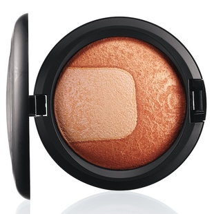 Perfectly Poised Mac Mineralize Skinfinish