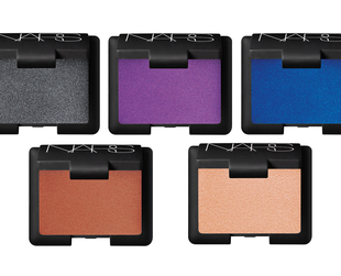 Have a look at the new NARS holiday 2013 collection, inspired by the work of French photographer Bourdin.