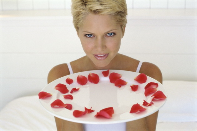 Rose Petals For Holistic Beauty Treatment