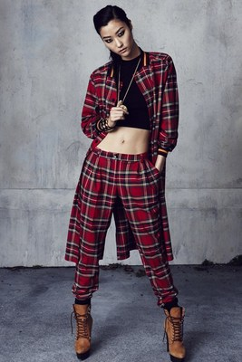 Rihanna River Island Winter 2013 Collection Look  (4)