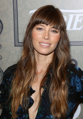 Jessica Biel 70s Haircut With Bangs