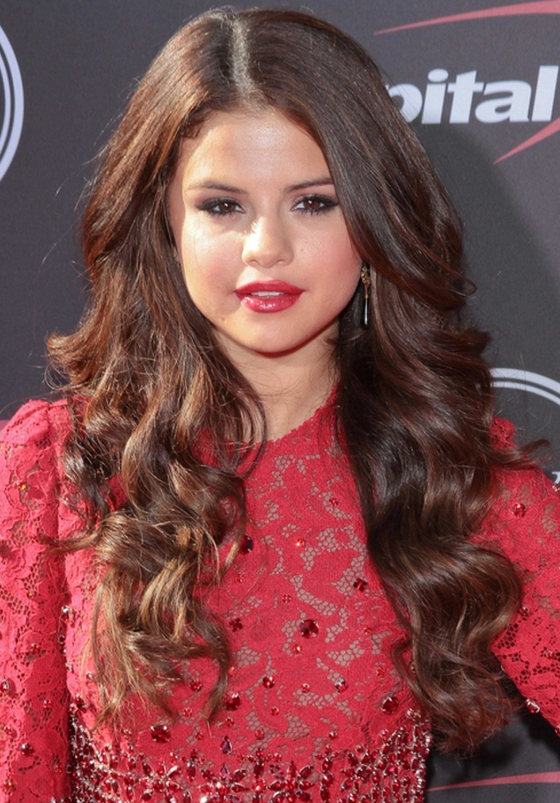 Pictures : Trendy Celebrity Haircuts and Hair Color Ideas ...