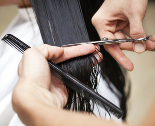 You're trying to make your hair grow longer, but it seems that once it reaches a certain length limit, it simply stops. Here's how to make your hair grow faster and longer!