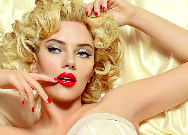 Scarlett Johansson As Marilyn Monroe