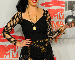 See who wore what at the 2013 MTV European Music Awards with the best and worst dressed celebrities!