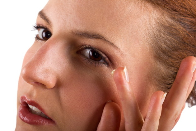 Prevent Wrinkles With Vitamin E