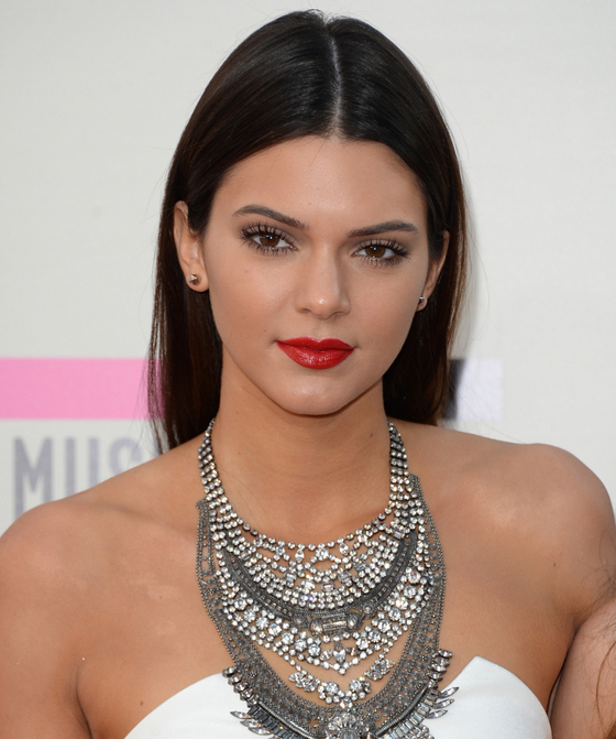 Pictures : Celebrity Hairstyles at American Music Awards ...Kendall Jenner 2013 Hair
