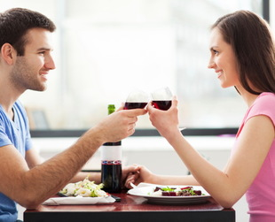 Many people go on a bunch of first dates without managing to secure a second one. If you're one of them and you're wondering how to get a second date,  try these useful suggestions!