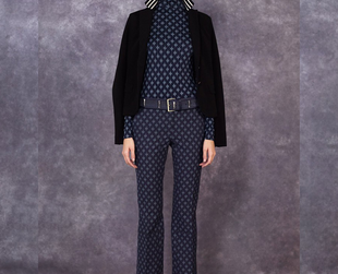 Ladylike elegance is the focus of the new Tory Burch collection for the pre-fall 2014 season. Have a look at the luxury retailer's newest creations!