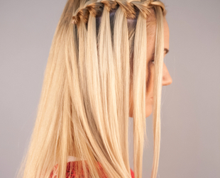 Learn how to do waterfall braid on your own hair with this easy to follow video tutorial!