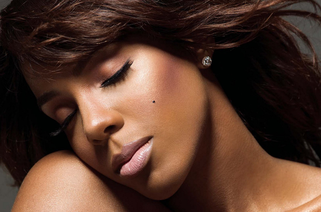 Kelly Rowland Beauty Mark