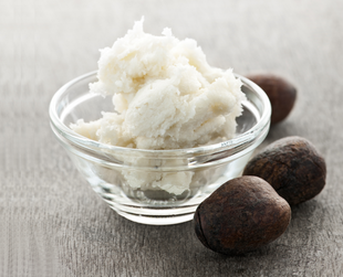 Shea butter is an ivory colored fat extract derived from the nut of the African shea tree, which has multiple beauty uses. Are you curious to find out what are the most important ones?