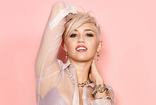 Best Miley Cyrus Fashion and Beauty Moments of 2013