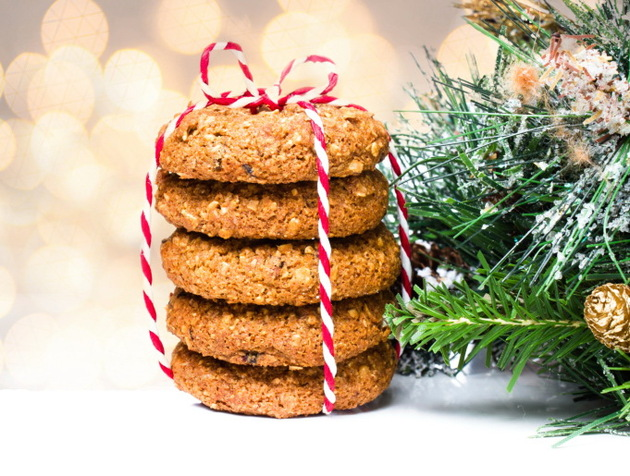Ginger Snaps For Christmas