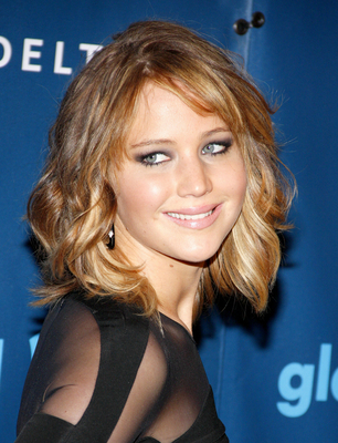 Jennifer Lawrence Wavy Long Bob Haircut